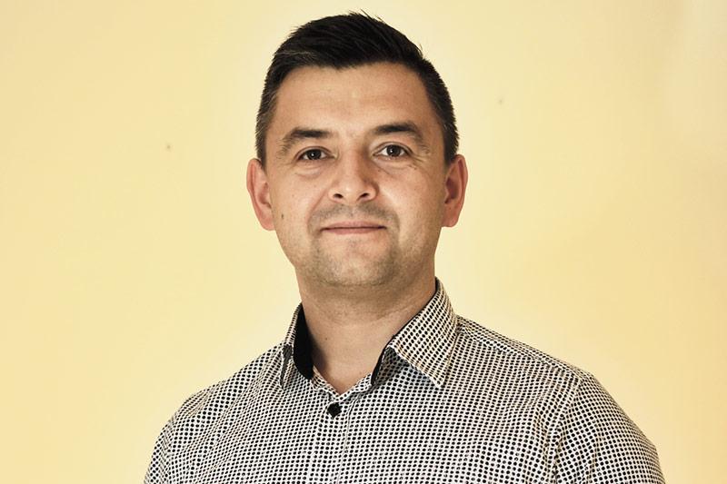 Michal Steernak, Solec